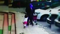 Bebek Arabasını Çaldı, Kendi Çocuğunu Bindirerek Oradan Uzaklaştı