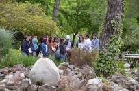 ÖĞRETMEN ADAYI - Geleceğin Öğretmenleri Bilim Parkını Gezdi