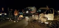 Hakkari'de Trafik Kazası Açıklaması2 Yaralı