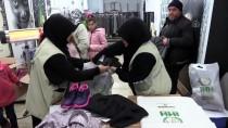 İHH'dan Bin Kişiye Kıyafet Yardımı