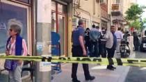 İZMIR ADLI TıP KURUMU - İzmir'de Su Dağıtımı Yapan 2 Genç Evde Ölü Bulundu