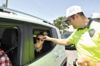 Çocuklar Ebeveynlerine Trafik Karnesi Verecek