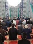 Tüm Camilerde Yağmur Duası Yapıldı