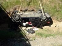 YAŞAM MÜCADELESİ - Bayram Dönüşü Trafik Kazasında Hayatını Kaybeden Çift, Erzincan'da Son Yolculuklarına Uğurlandı