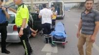 Direksiyon Başında Nöbet Geçiren Sürücü Bariyerlere Çarptı