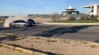 (Özel) Trafikteki Lüks Araçların Tehlikeli Drift Şovu Kamerada