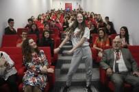 PROPAGANDA - Polisten Öğrencilere Sırt Çantalı Çocuk Dansıyla Sosyal Medya Uyarısı