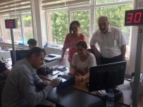 VATANDAŞLıK - Ürkmezer'den Yeni Sürücü Belgesi Başvurusu