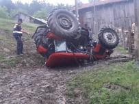 Daday'da Traktör Devrildi