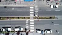 YAYA GEÇİDİ - Nevşehir'de Yaya Geçitlerine 'Önce Yaya' Uygulaması