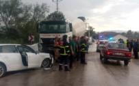 BAĞDAT - Otomobil İle Beton Mikseri Çarpıştı Açıklaması 6 Yaralı