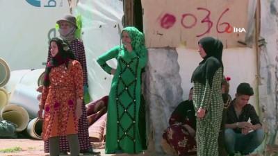 700 Suriyeli Mülteci Lübnan'daki Deir El Ahmar Kampından Kaçtı