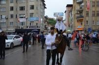 Akşemseddin Dualarla İstanbul'a Uğurlandı