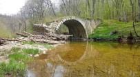 Asırlara Meydan Okuyan Tarihi Köprü Açıklaması Volçan Köprüsü