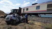 Elazığ'da Tren Kazası Açıklaması 1 Ölü, 2 Yaralı