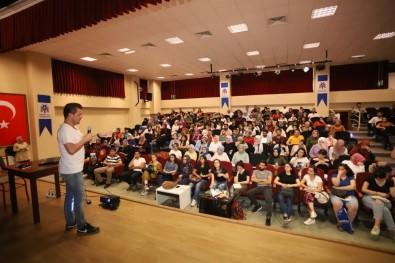 Erzincan Belediyesinden Öğrencilere Destek