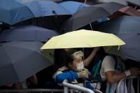 PEKIN - Hong Kong'da Tansiyon Yüksek