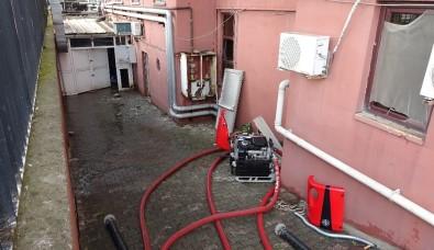 Pendik'te Hastanenin Bodrumunu Su Bastı