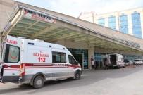 Siirt'te Traktör Devrildi Açıklaması 4 Yaralı