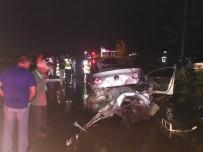 Tokat'ta Çamurlu Yolda 3 Araç Çarpıştı Açıklaması 4 Yaralı