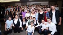 DÜNYA BANKASı - Başkan Büyükakın'dan Mezun Olan Öğrencilere Sürpriz