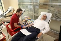 TÜRK KıZıLAYı - Başkan Çiftçi'den Kan Bağışı
