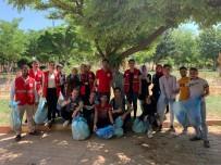 Mesire Alanı İle Parklar Gönüllüler Tarafından Temizlendi