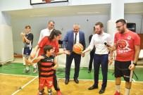 MURAT GÖĞEBAKAN - Başkan Aydar, Çocuklarla Basketbol Oynadı