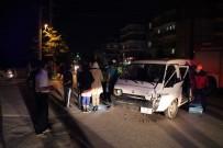 TıP FAKÜLTESI - Bolu'da Trafik Kazası Açıklaması 2 Yaralı