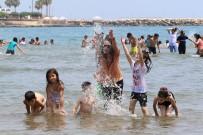 KUMKUYU - Hayatında Denize Girmeyen Çocuklar Denizle Buluştu