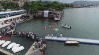 OKUL MÜDÜRÜ - Liseli Öğrenciler Diplomalarını Denizden Aldılar