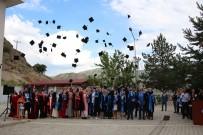 ÖĞRETIM GÖREVLISI - Oltu Meslek Yüksekokulu'nda Mezuniyet Coşkusu