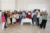 HALK EĞİTİM MERKEZİ - Yunusemre'de Özel Öğrenciler Belgelerini Aldı
