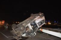 ÇITLEMBIK - İzmir 'De  Yolcu Otobüsü Devrildi.1 Kişi Yaralandı.