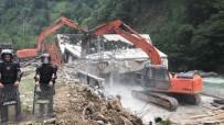 AYDER - Rize Valisi Çeber Kaçak Yapılaşmada Gelinen Noktaya Dikkat Çekti
