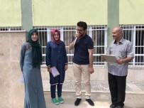 SANİMDER'den İmam Hatip Okullarında Dereceye Girenlere Altın Ödülü