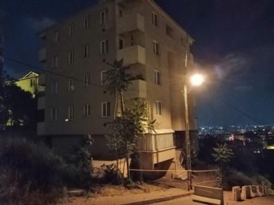 Sel Kolonları Çatlattı Bina Boşaltıldı