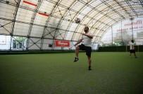 ÜMİT KARAN - Ümit Karan, Sakarya'da Futbol Eğitimi Veriyor