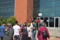 YKS Girecek Bazı Öğrenciler 15 Dakika Kuralına Takıldı