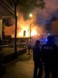112 ACİL SERVİS - Başkent'te Alev Alan Lokanta Yanındaki Büfeyi De Tutuşturdu