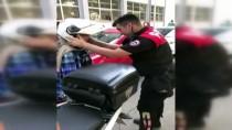 VATANDAŞLıK - Kimliğinde Fotoğraf Olmayan Öğrenciye Polisten Destek