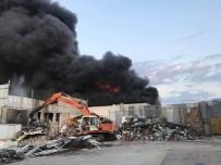 Kumluca Plastik Geri Dönüşüm Atölyesinde Yangın