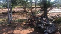 AŞIRI YAĞIŞ - Sele Kapılan 2 Kişi Hayatını Kaybetti