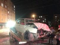 112 ACİL SERVİS - Tekirdağ'da Plakasız Araç Duvara Çarptı Açıklaması 1 Ağır Yaralı