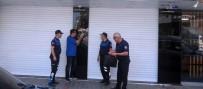 DOLANDıRıCıLıK - Turistleri Dolandıran Kuyumcu Dükkanı Mühürlendi