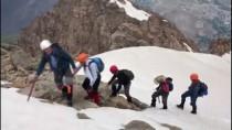 KONTROL NOKTASI - Terörden Arındırılan Dağlarda Zirve Tırmanışı