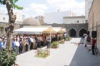 Cizre'de Mursi İçin Gıyabi Cenaze Namazı Kılındı