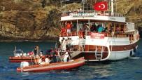 GEZİ TEKNESİ - Karaya Oturan Gezi Teknesinin Yolcularını Sahil Güvenlik Kurtardı