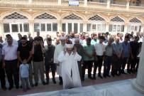 Kilis'te Muhammed Mursi İçin Gıyabi Cenaze Namazı