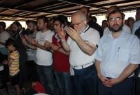 Muhammed Mursi İçin Yalova'da Gıyabî Cenaze Namazı Kılındı